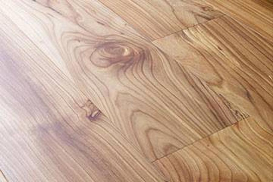 close up grain engineered elm floor