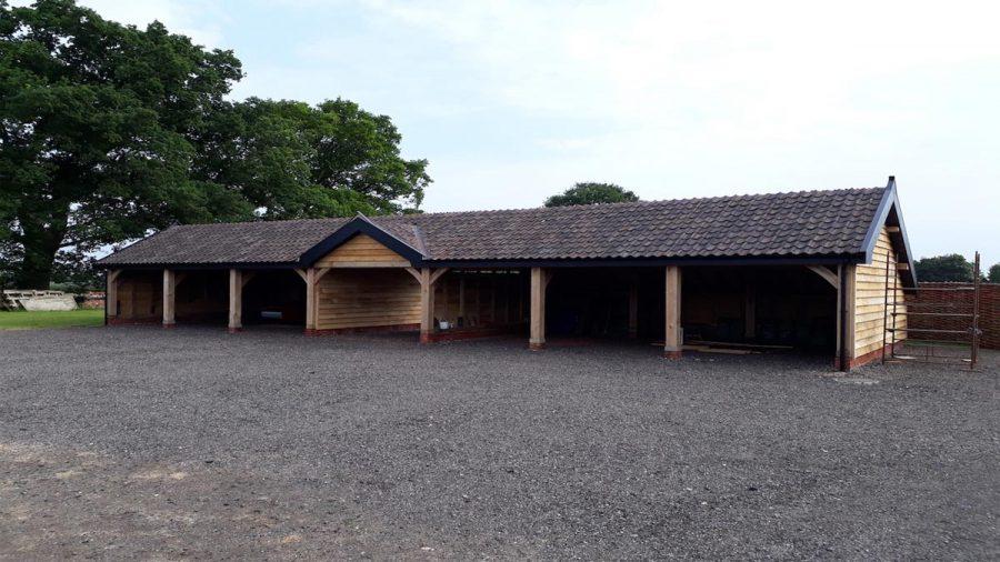 Fabulous English Oak Seven Bay Cart Lodge